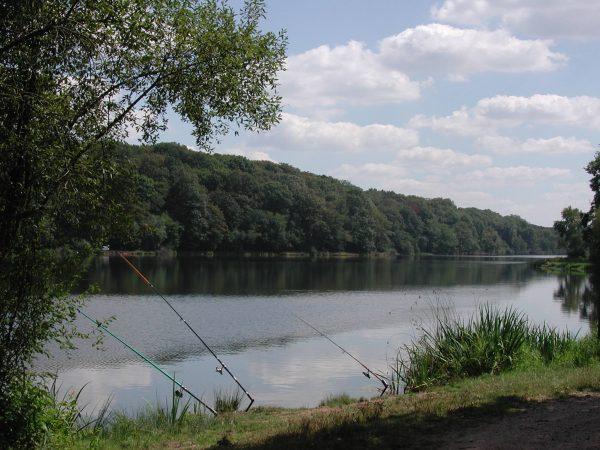 le Plan d′eau de Pirot